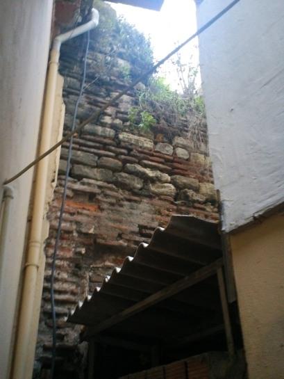 Original Wall Ground